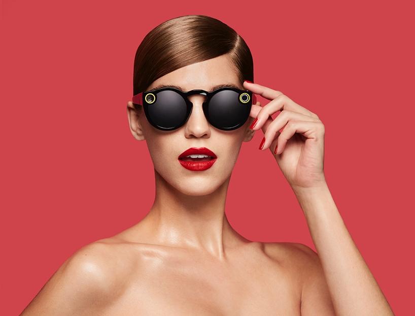 Snapchat智能太阳眼镜