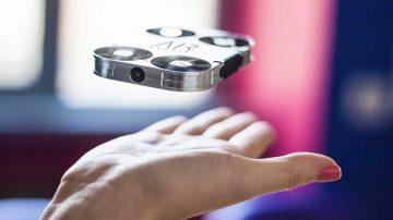 全球最小的便携式飞行相机airselfie