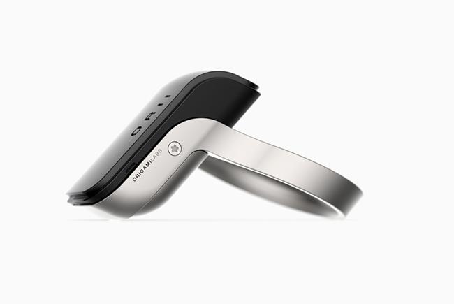 可以用手指打电话的ORII智能戒指
