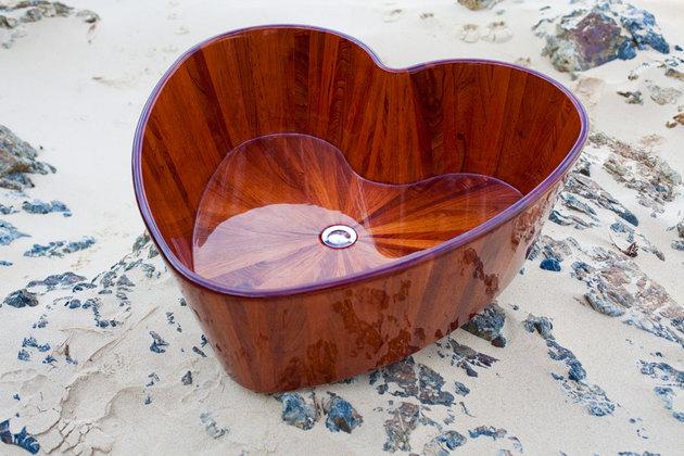 木质鱼缸设计:时尚奢华木制浴缸大集合