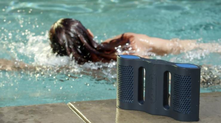 Aqua:可以漂浮在水面上的蓝牙音箱