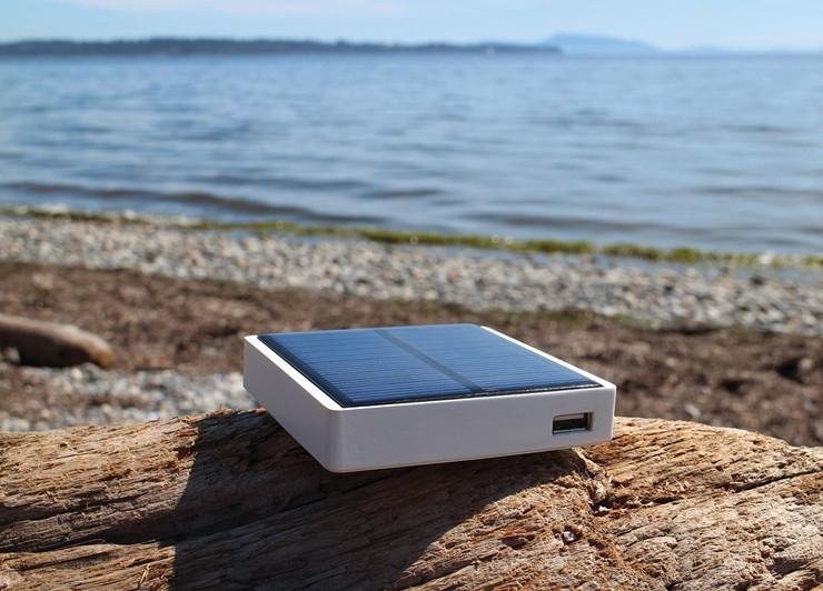 Pocket Sun集太阳能、动能和热能于一体 ,不用充电的移动电源
