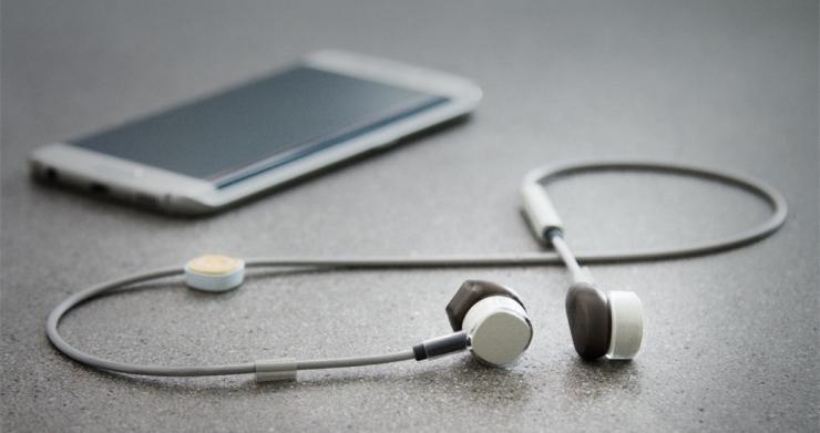 PUGZ 无线耳机,当蓝牙没电时它又是有线耳机
