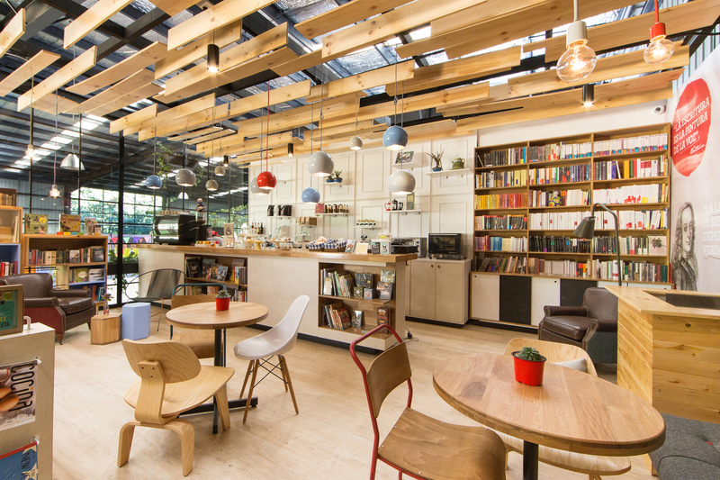 哥伦比亚现代书屋9¾ Bookstore and Café
