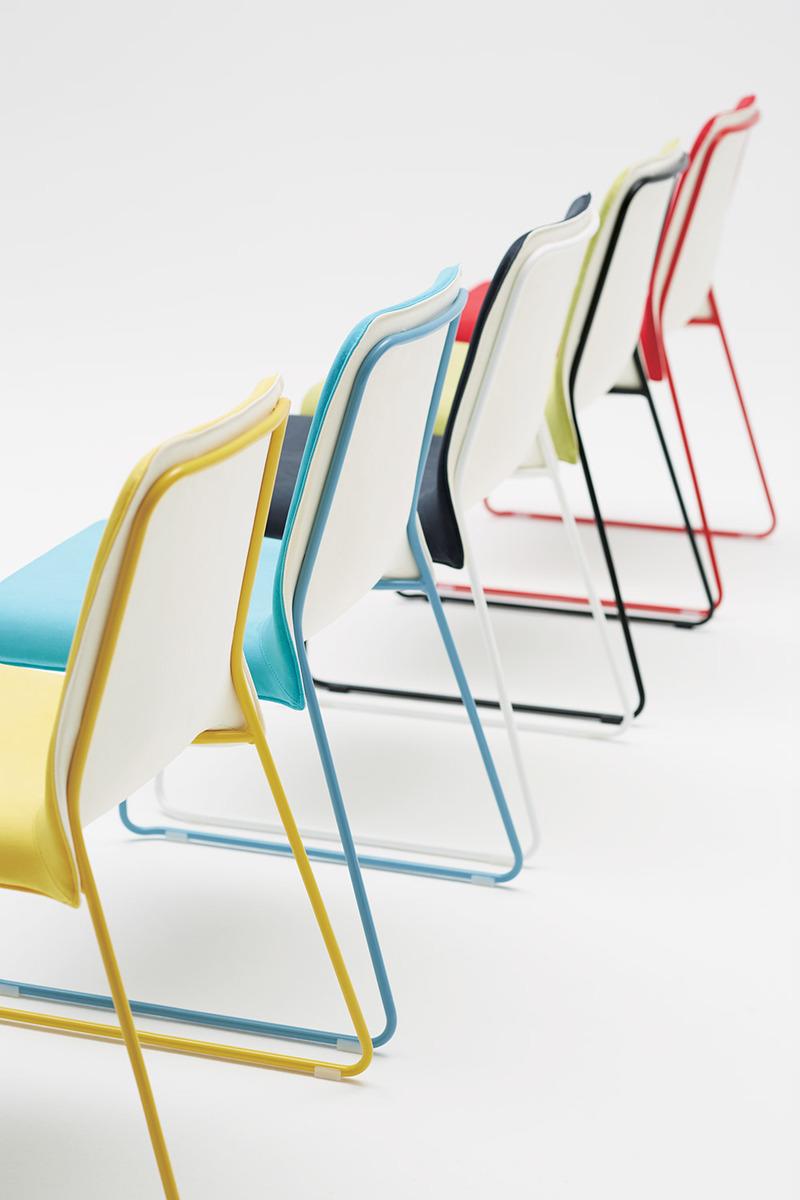 """""""Membrane""""彩色座椅"""