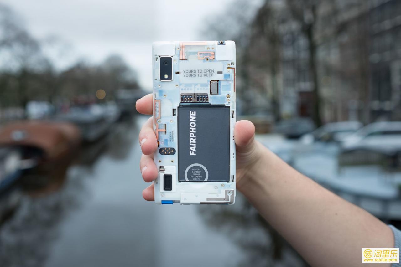 用不到一部iPhone 的钱,你就可以买到世界第一款模块化手机