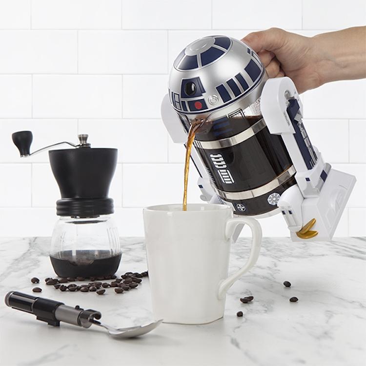 R2D2为你服务,送上香醇法式滤压黑咖啡原力!