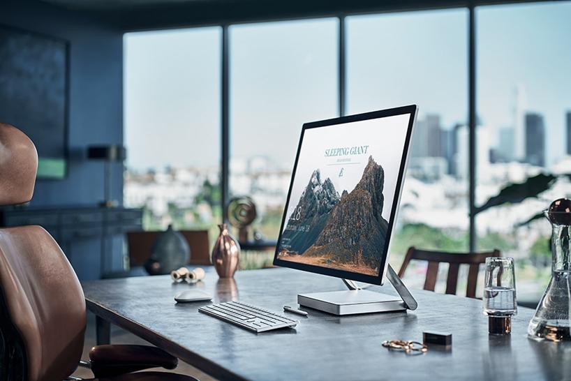 """数字""""画布""""Surface Studio一体机亮相微软Win10新品发布会"""