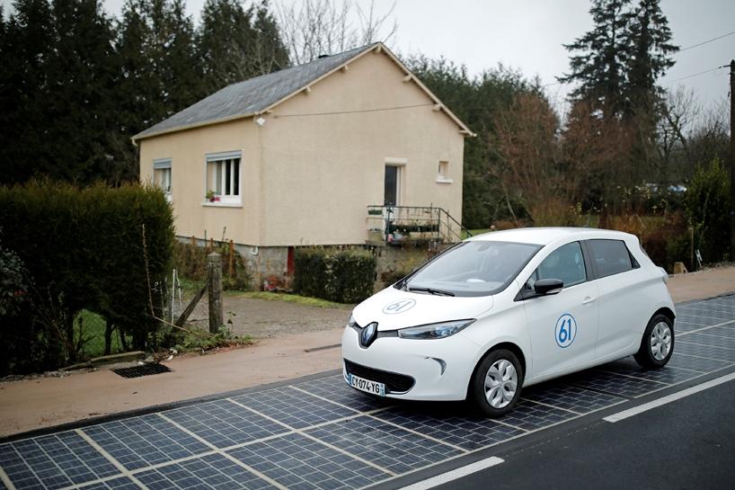 法国推出世界上第一条太阳能公路wattway